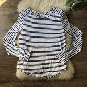Mel rose and Market stripe top size S